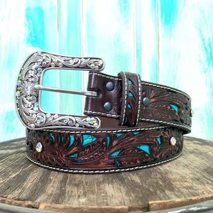 🌵NWOT Ariat Turquoise Inlay Tooled Leather Belt🌵